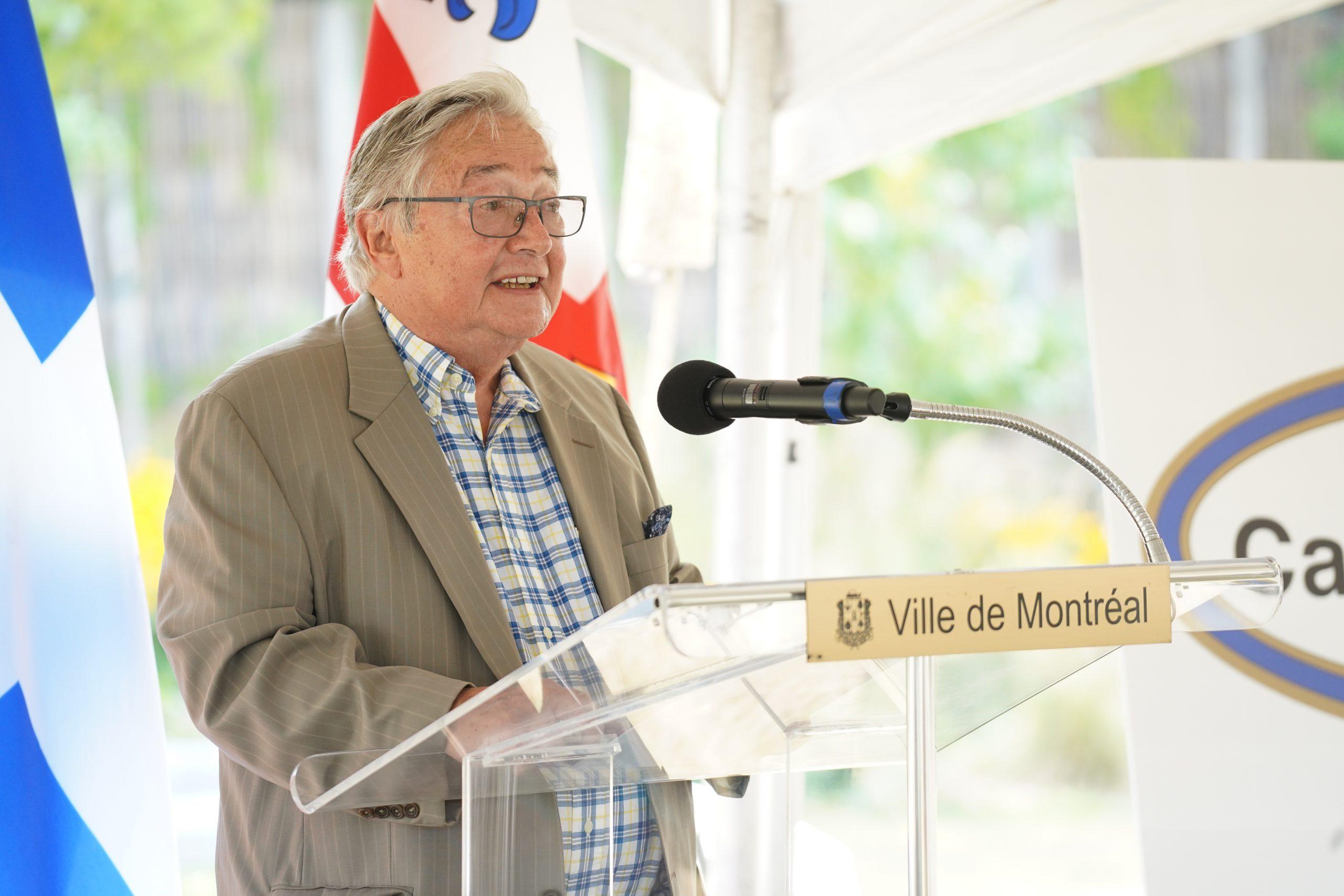 Allocution  de Jean A. Savard lors de l'inauguration de la place Camille-Laurin, tenue le 20 août dernier [cliquer sur un mot]